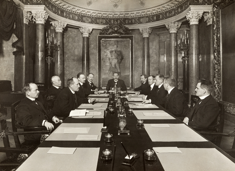 The Independence Senate, 6 December 1917. National Board of Antiquities and Historical Monuments.